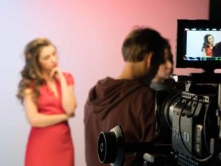 Кадр со съемки рекламного ролика косметики