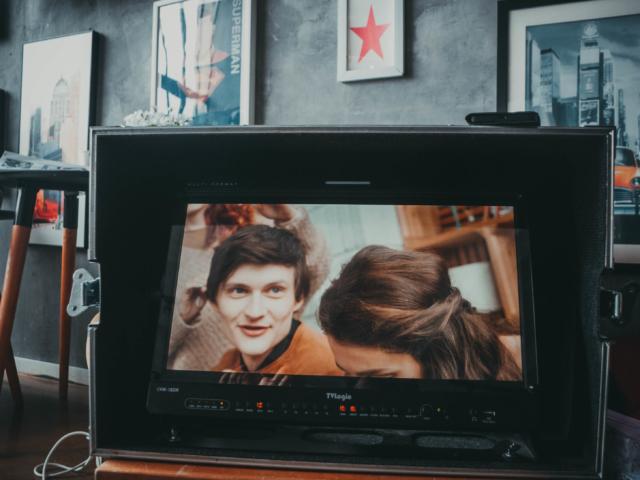 Бэкстейдж съемки презентационного ролика с актёрами в студии